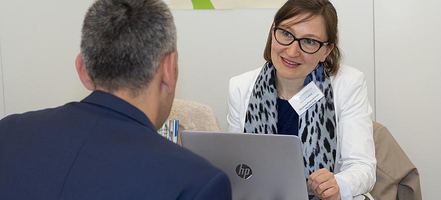 Salons de l'emploi : 25 conseils pour optimiser votre participation